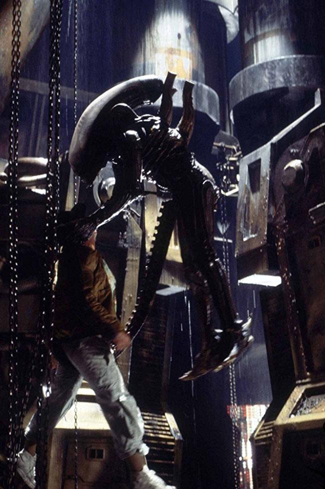 Alien, exemple de l'instauration de l'épouvante